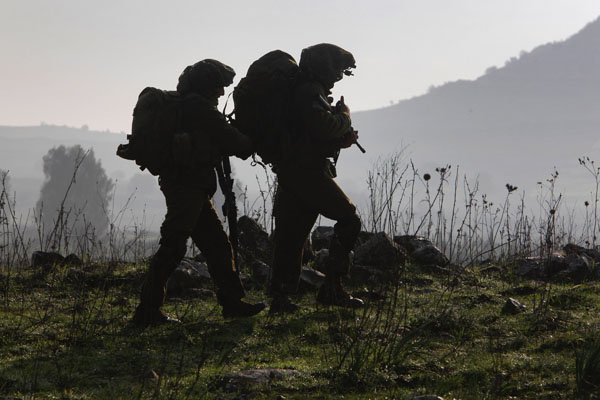 Израильские десанты завершили свои семидневные боевые учения неподалеку от сирийской границы. Фото: David Silverman/Getty Images
