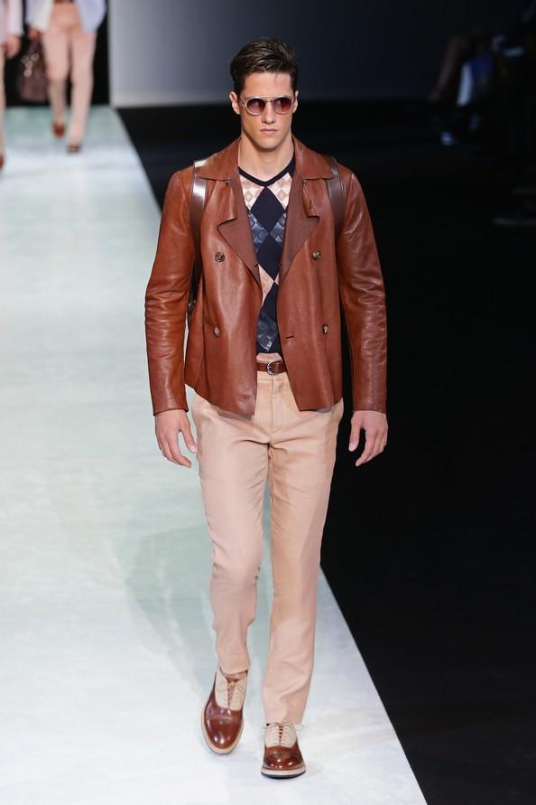 Весенне-летняя коллекция 2014 от Giorgio Armani на Миланской неделе мужской моды. Фото: Vittorio Zunino Celotto/Getty Images