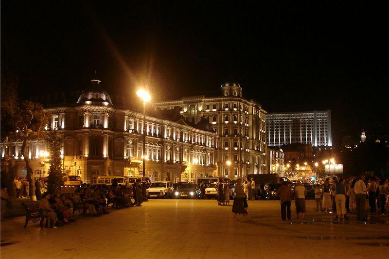 Главный офис нефтегазовой компании SOCAR. Фото: Baku87/commons.wikimedia.org