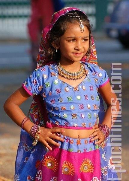 Маленькая индийская танцовщица . Фото: Сюй Мин / Великая Эпоха