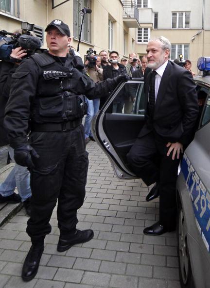 Арест Закаева в Польше. Фото: JANEK SKARZYNSKI/AFP/Getty Images