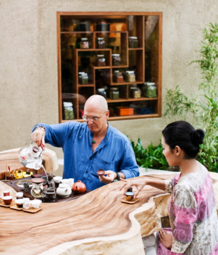 В Таиланд за здоровьем. Чайная церемония. Фото: Matthew Wakem/Getty Images