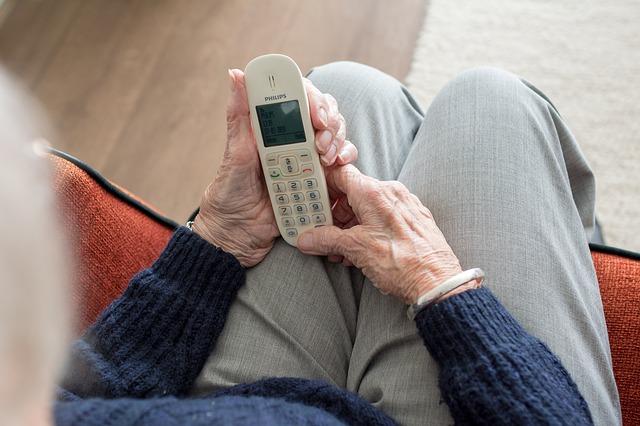 Значение правильного выбора подгузников для взрослых   Великая Эпоха d4a51186a66