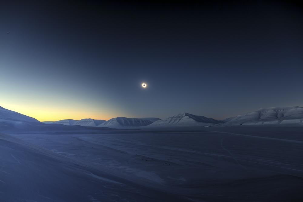 «Eclipse Totality over Sassendalen». Абсолютний переможець конкурсу. Фото: Luc Jamet/Royal Observatory Greenwich