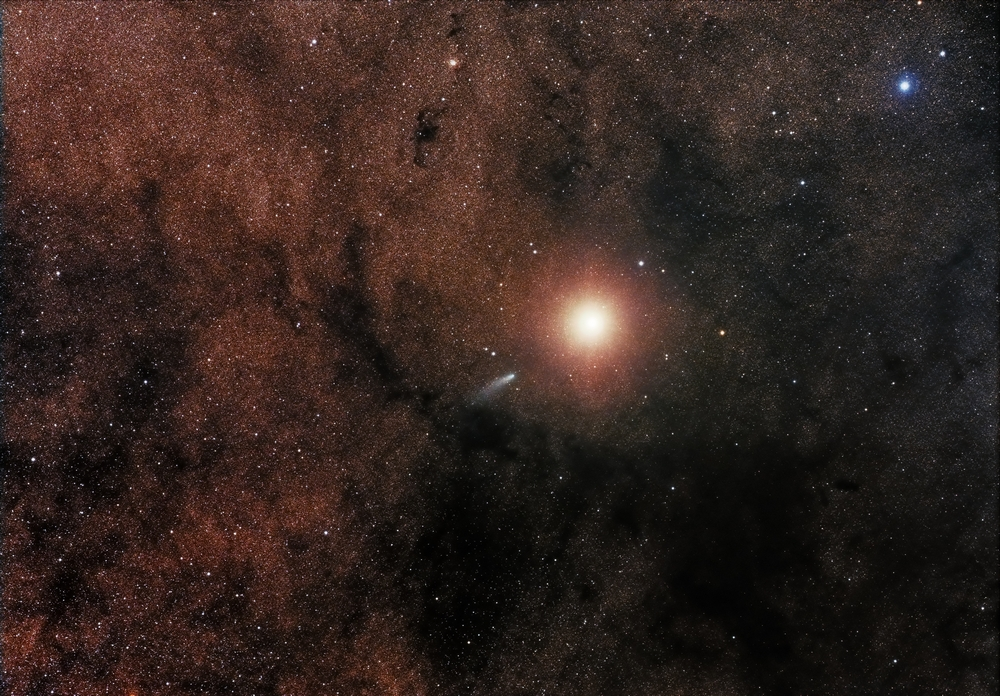 «Comet C2013 A1 alongside Mars». Категорія «Robotic Scope». Фото: Sebastian Voltmer/Royal Observatory Greenwich