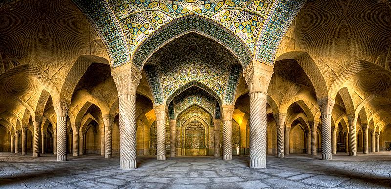 10место. Интерьер мечети Вакиль, Шираз, Иран. Автор фото — Mohammad Reza Domiri Ganji, лицензия CC-BY-SA-4.0