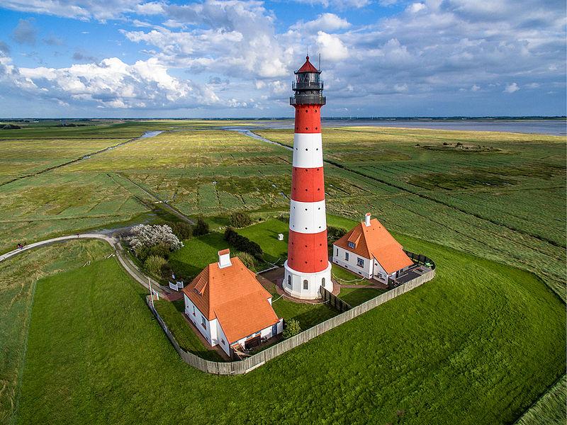 1место. Аэрофотосъемка Вестерхеферского маяка, Германия. Автор фото — Marco Leiter (Phantom3Pix), лицензия CC-BY-SA-4.0