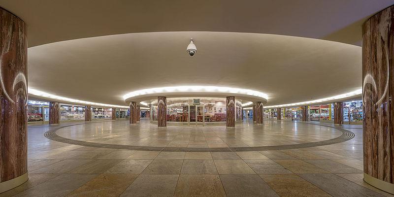 7место. Подземный пешеходный переход в венском районе Внутренний город, недалеко от Венской государственной оперы, Австрия. Автор фото — Thomas Ledl, лицензия CC-BY-SA-4.0