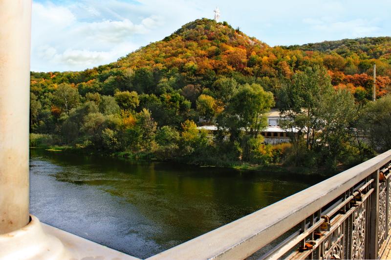 Міст через Донець в Святогірську