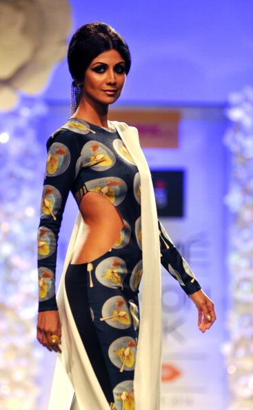 Індійська мода на показах Lakme Fashion Week 2014в Мумбаї. Фото: STR/AFP/Getty Images