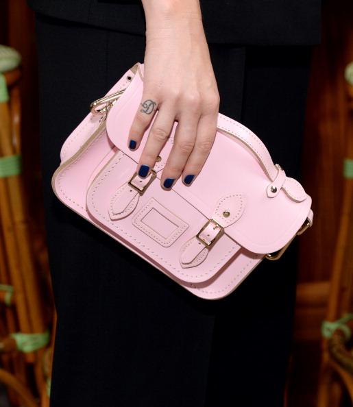 Модні вечірні сумки. Фото: BEN GABBE/GETTY IMAGES