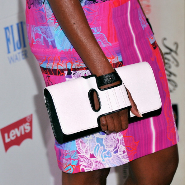 Модні вечірні сумки. Фото: Stephen Lovekin/Getty Images