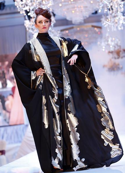Восточная мода из Омана. Фото: MOHAMMED Mahjoub/AFP/Getty Images