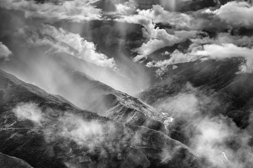 Туманные горы. Фото: boredpanda.com