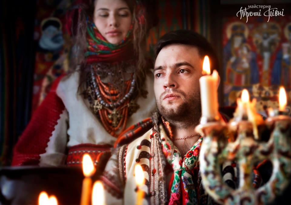 Фотосессия в стиле «Тени забытых предков». Фото: facebook.com/TretiPivni