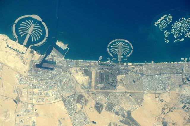 Дубай, ОАЭ. Фото: Tim Peake/ESA/NASA