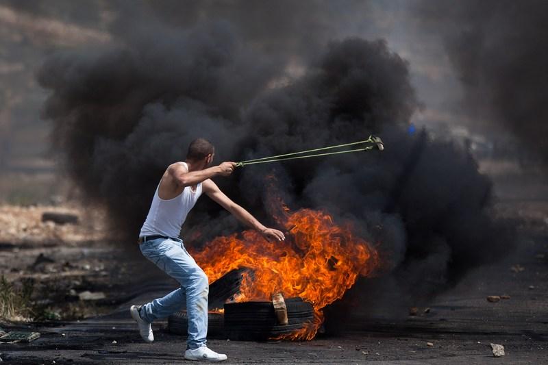 Рамалла, 15мая. Столкновения палестинских арабов с израильскими солдатами в день «Накба» или «День катастрофы». Фото: Uriel Sinai/Getty Images