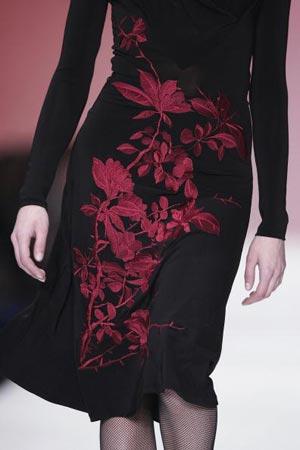 Колекція робіт сезону Осінь-Зима 2007 модельєра Ізабель де Педрос. Фото: Pascal Le Segretain/Getty Images for RFW