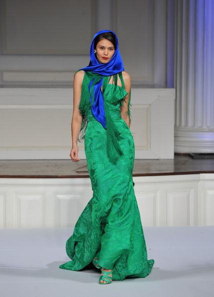Презентация коллекции ОСКАР ДЕ ЛЯ РЕНТА осень 2011 года в Нью-Йорке. Фото Slaven Vlasic/Getty Images