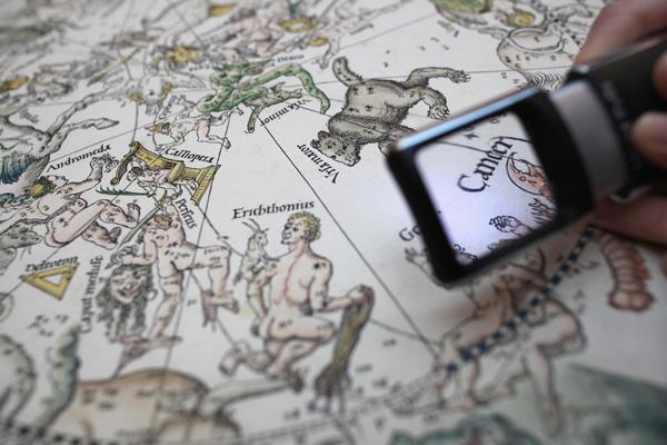 Звездные карты Дюрера стали первыми по-настоящему подробными картами звездного неба. Фото: Dan Kitwood/Getty Images