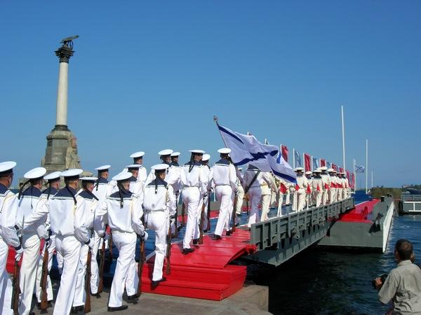 Торжественное начало военно-спортивного праздника. Фото: Алла Лавриненко/The Epoch Times Украина