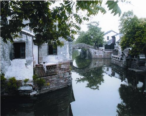 Селище на воді Чжоучжуан - «Китайська Венеція». Фото з chinataiwan.org