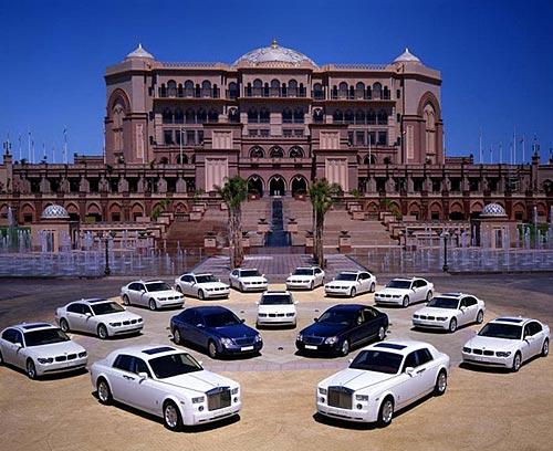 Единственный в мире восьмизвездочныйый отель «Бурж Аль Араб». Фото с secretchina.com