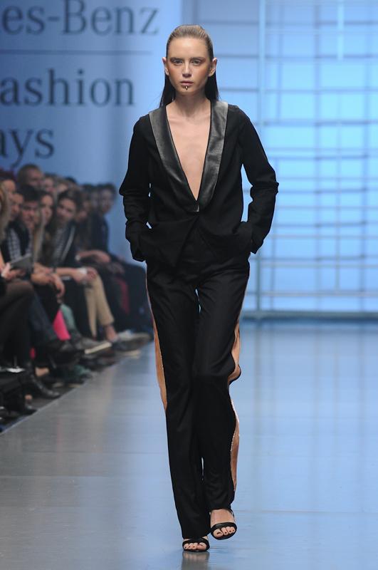 Весна-лето 2013 от Антона Белинского на Mercedes-Benz Kiev Fashion Days. Фото: Владимир Бородин/Великая Эпоха