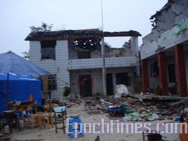 Полгода спустя после землетрясения. Провинция Сычуань. Фото: epochtimes.com
