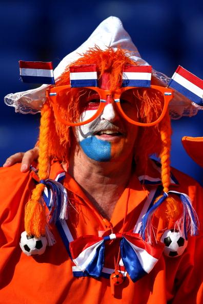 Голландський уболівальник на матчі між Нідерландами і Данією 9 червня 2012 року в Харкові, Україна. Фото: Julian Finney/Getty Images