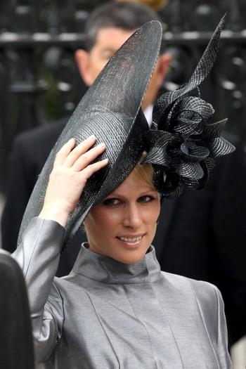Зара Филипс - внучка королевы Англии Елизаветы II. Фото: басейн WPA / Getty Images