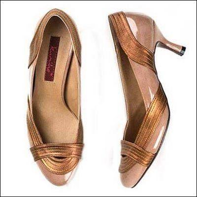Женская обувь: модные тенденции сезона весна/лето 2008. Фото с epochtimes.com