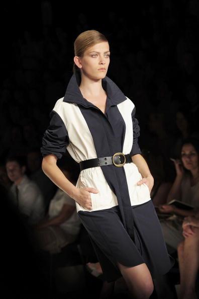 Показ колекції Rena Lange весна-літо 2011 на Тижні моди Mercedes Benz в Берліні. Фото: Andreas Rentz/getty Images