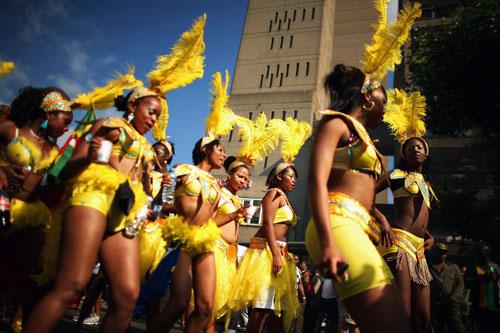 Лондон празднует Карнавал Notting Hill. Фото: Daniel Berehulak/Getty Images