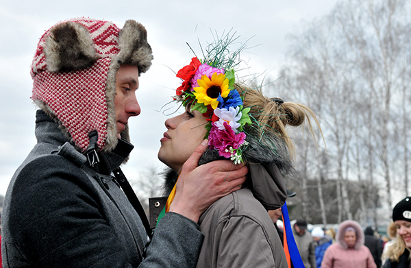 Празднование масленицы в «Музее национальной архитектуры и быта Пирогово» 6 марта 2011 года. Фото: Владимир Бородин/The Epoch Times Украина