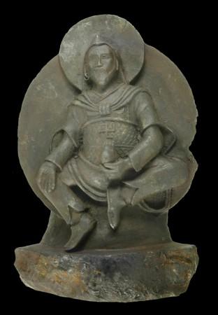 Статуя «железного человека». Тибетская статуя Будды возрастом 1000 лет была вырезана из редкостного метеорита, который упал на Землю около 15 тысяч лет назад. Фото: Elmar Buchner