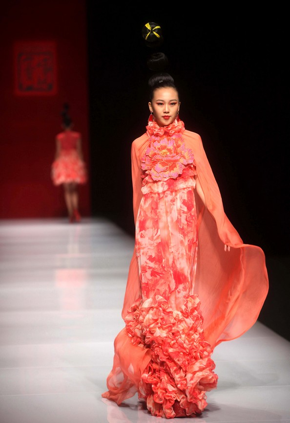 Mercedes-Benz China Fashion Week. Фото: STR/AFP/Getty Images