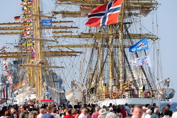 Лес мачт. Фото: Archiv Hanse Sail Rostock