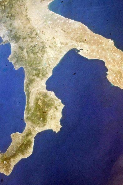 Вид на южную часть Италии с орбиты шаттла. Фото: NASA via Getty Images
