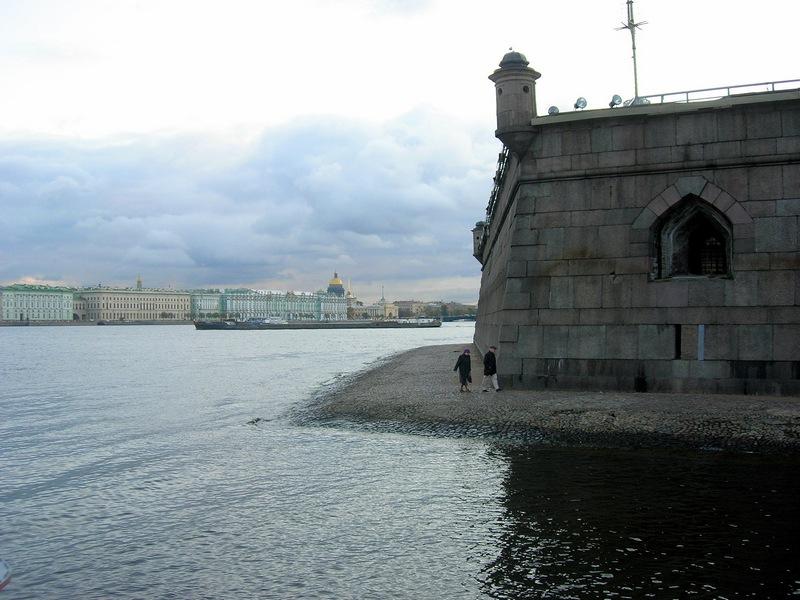 Петропавлівська фортеця в Петербурзі