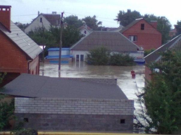Российский городок Крымск после сильного наводнения. Фотографии Юлии Андроповой из социальной сети «Вконтакте»
