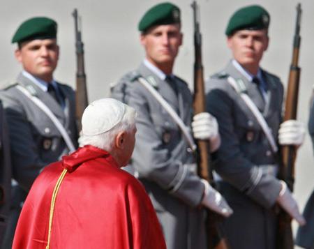 Фото: JOHN MACDOUGALL/AFP/Getty Images