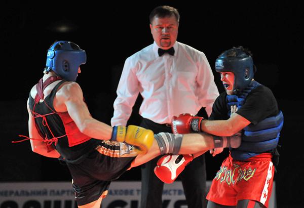 Бой представителей кунгфу саньда на Олимпиаде боевых искусств в Киеве 12 марта 2011 года. Фото: Владимир Бородин/The Epoch Times Украина