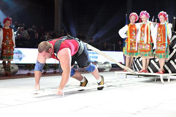 Всемирный фестиваль богатырской силы состоялся в воскресенье 19 декабря в Киеве. Фото: Владимир Бородин/The Epoch Times Украина