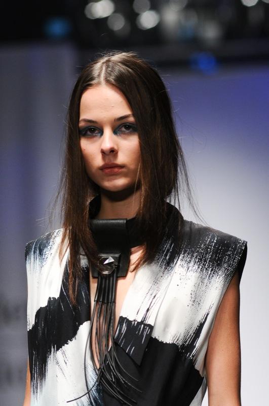 Французский модельер Жан-Пьер Браганза представил коллекцию на Mercedes-Benz Kiev Fashion Dais. Фото: Владимир Бородин/Великая Эпоха
