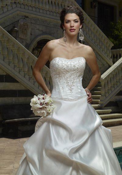 Роскошные свадебные платья casablanca 2008. Фото с efu.com.cn