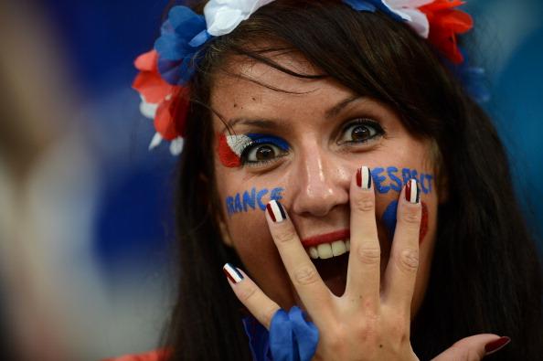 Поклонница национальной сборной Франции на матче Украина — Франция 15 июня 2012 года в Донецке. Фото: FRANCK FIFE/AFP/GettyImages