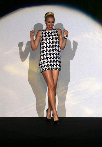 Дизайнер L.A.M.B., вокалистка группы No Doubt Гвен Стефани (Gwen Stefani). Фото: Frazer Harrison/Getty Images for IMG