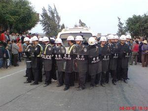 Многотысячная акция протеста в деревне Дуаньфэнь провинции Гуаньдун. Фото с epochtimes.com