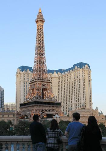 Эйфелева башня в Лас-Вегасе. Фото: Bruce Bennett/Getty Images